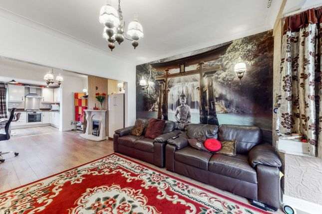 Thumbnail Semi-detached house to rent in Horsenden Lane South, Greenford, Greater London