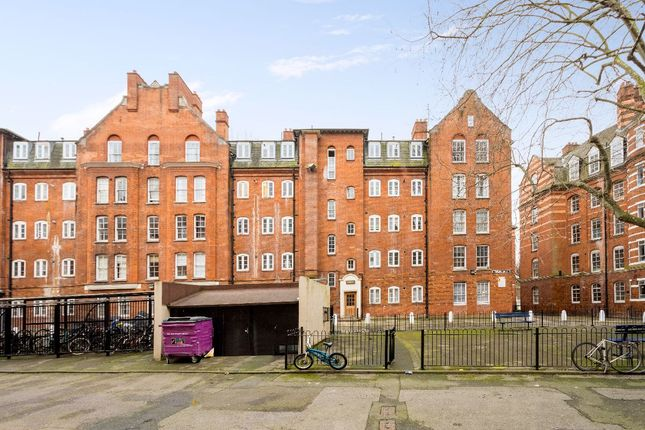Thumbnail Flat for sale in Swanfield Street, London