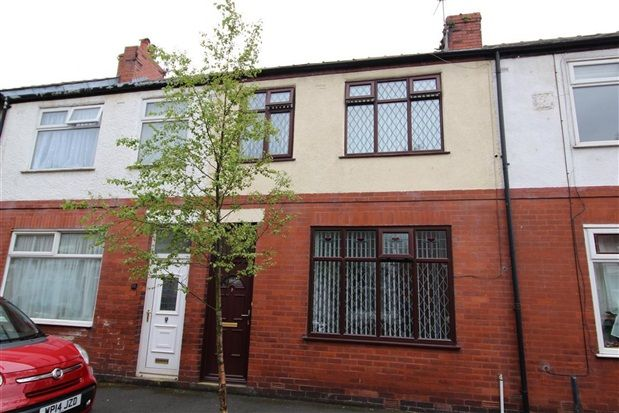 3 bed property for sale in Colenso Road, Preston