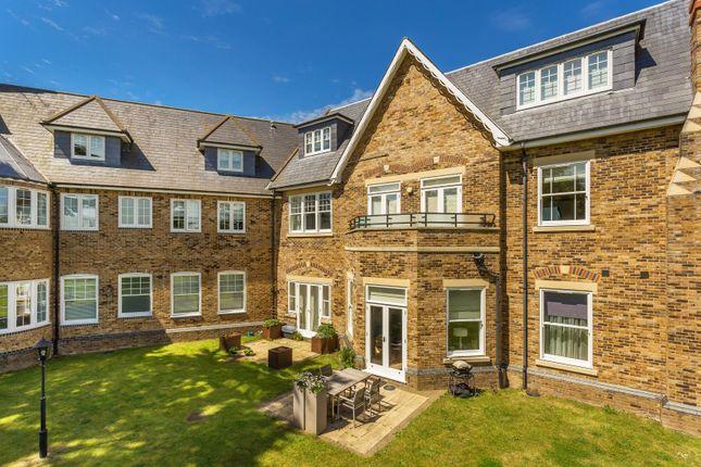 2 bed flat for sale in bishopsford house morden sm4 for Morden houses for sale