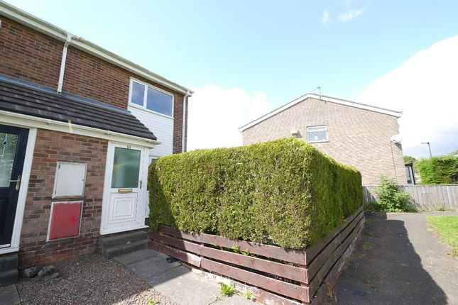 2 bed terraced house to rent in The Paddock, Garth Thirtytwo, Killingworth, Newcastle Upon Tyne NE12