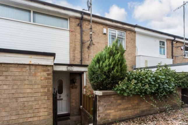 Thumbnail Maisonette for sale in Grindlow Close, Sheffield, South Yorkshire
