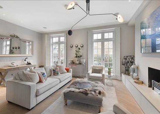 Thumbnail Property to rent in Phillimore Terrace, Kensington, London