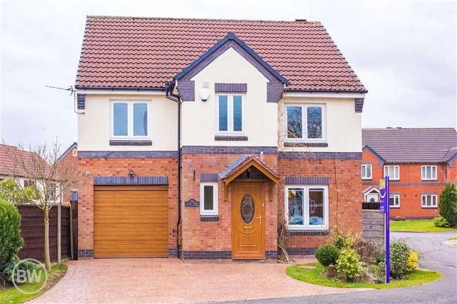 Thumbnail Detached house for sale in Linnet Drive, Leigh, Lancashire