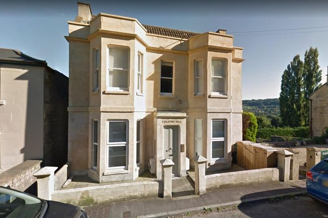 Thumbnail Flat to rent in London Road West, Bath