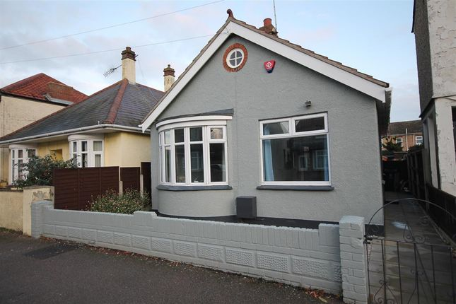 2 bed bungalow for sale in Carrs Road, Clacton-On-Sea CO15