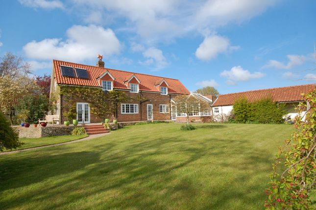 4 bed detached house for sale in Eskham, Grimsby DN36