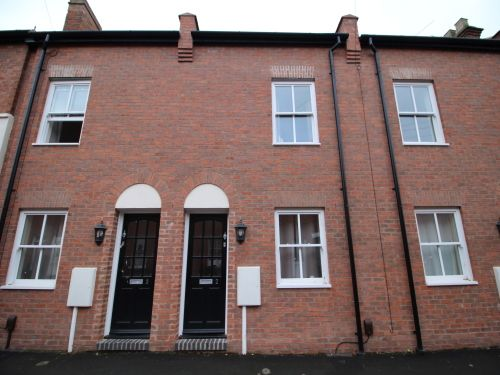 Thumbnail Terraced house to rent in Princes Street, Leamington Spa