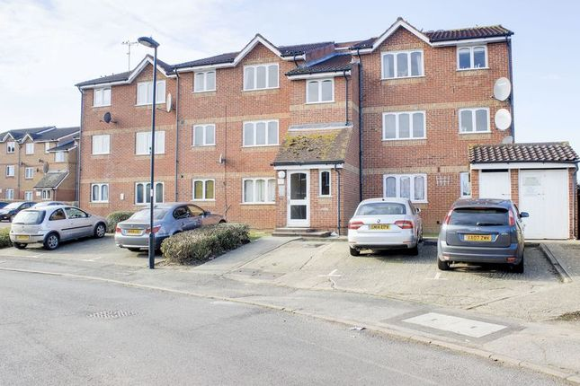 Thumbnail Flat for sale in Larmans Road, Enfield