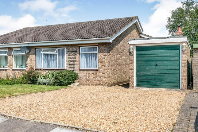 3 bed semi-detached bungalow for sale in Russett Avenue, Needingworth, St. Ives PE27