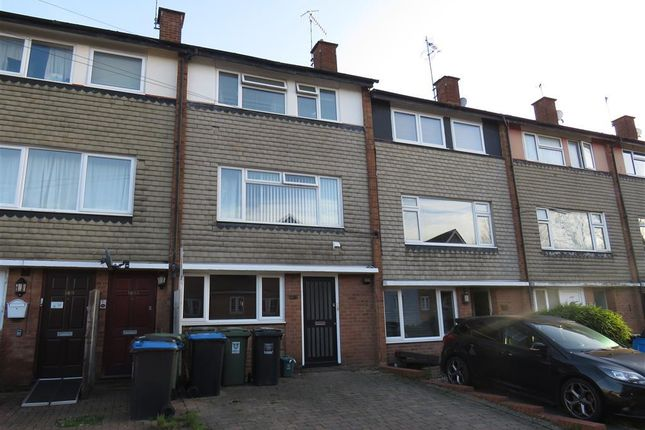 Thumbnail Maisonette to rent in Ebberns Road, Hemel Hempstead