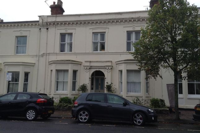 Thumbnail Terraced house to rent in Barna House, 60 Clarendon Avenue