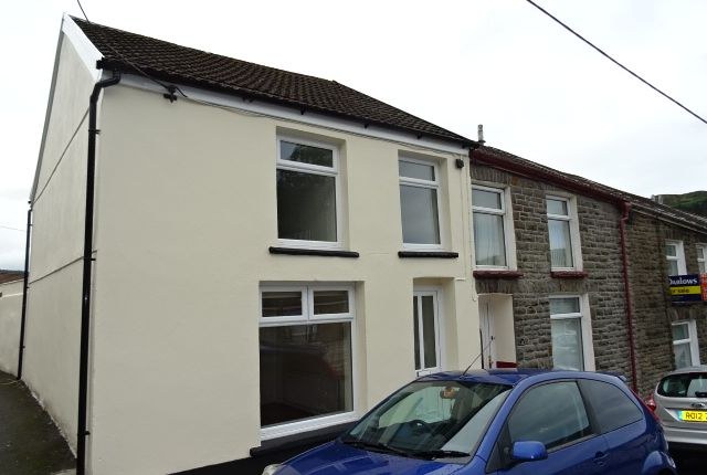 Thumbnail End terrace house to rent in Victoria Street, Ystrad, Pentre