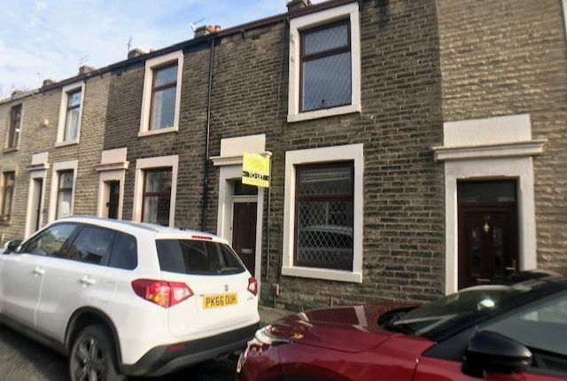 Thumbnail Terraced house to rent in Oak St, Great Harwood