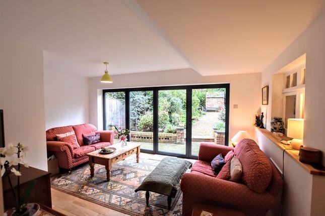 Garden Room of Leon Avenue, Bletchley, Milton Keynes MK2
