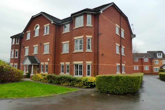 Flat for sale in Chelsfield Grove, Chorlton, Manchester.