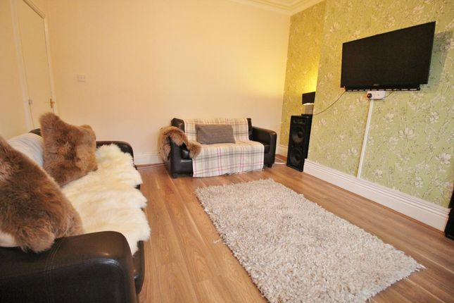 Thumbnail Terraced house to rent in 36 Estcourt Terrace, Headingley