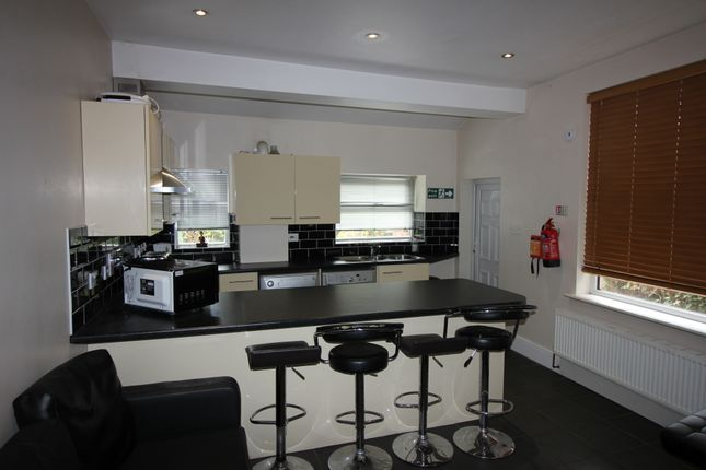 Thumbnail Terraced house to rent in Moseley Road, Fallowfield, Fallowfield, Manchester