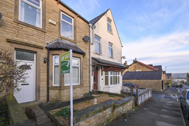 3 bed terraced house for sale in Albion Street, Burnley BB11