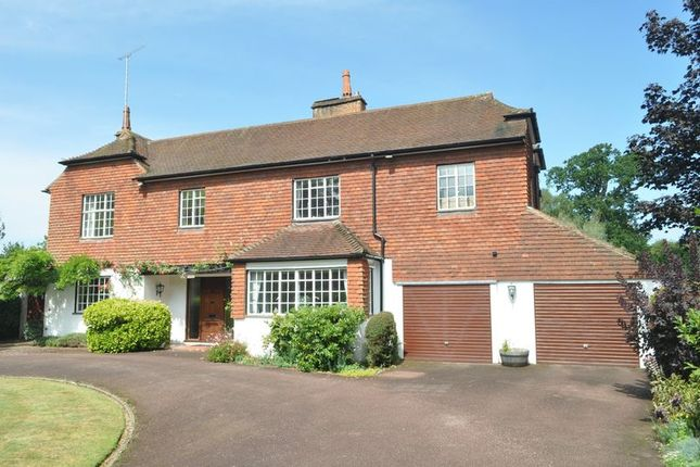 Thumbnail Detached house for sale in Rookery Hill, Ashtead