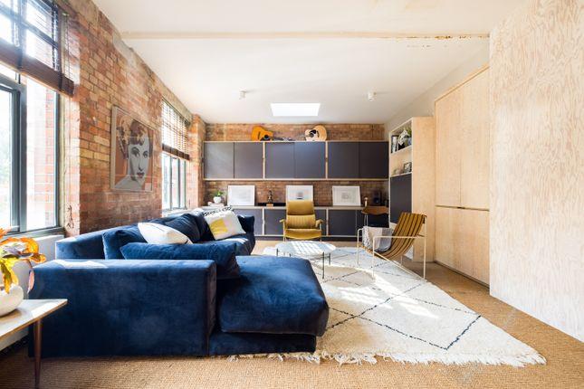 Thumbnail Duplex to rent in Minerva Street, London