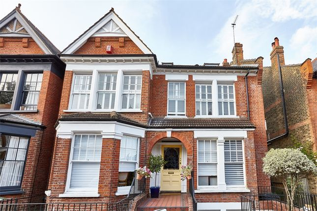 Thumbnail Flat for sale in Woodland Gardens, Muswell Hill, London
