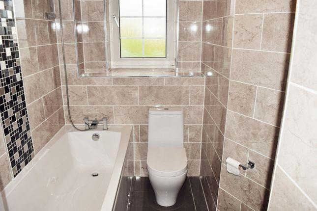Modern Bathroom of Hollybush House, Room 1, Hollybush Gardens, Bethnal Green E2