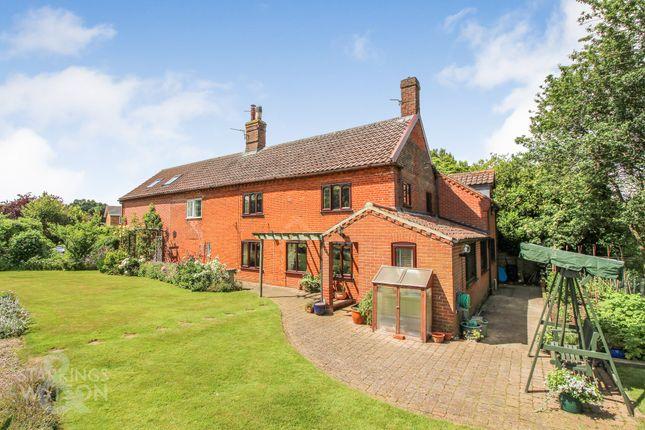 Thumbnail Cottage for sale in Henstead Road, Hethersett, Norwich