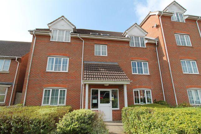 1 bed flat to rent in Cornflower Way, Hatfield