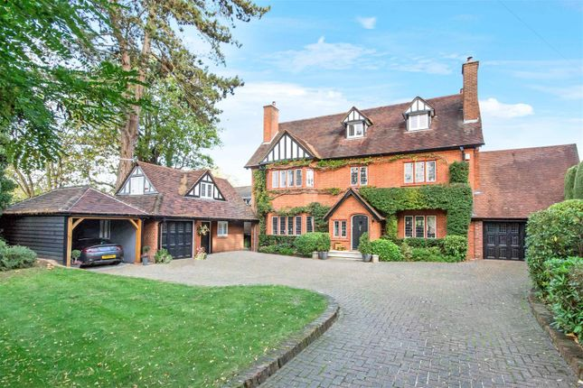 Thumbnail Detached house for sale in Mount Avenue, Hutton, Brentwood