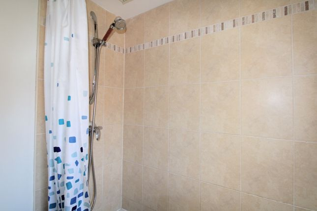 Overhead Shower of Barberry Crescent, Bootle L30