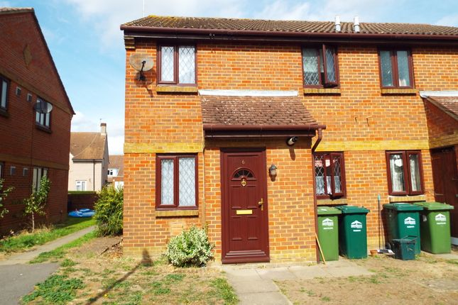 Thumbnail Terraced house to rent in Dutch Barn Close, Stanwell