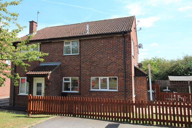 Thumbnail Town house for sale in Weightman Drive, Giltbrook, Nottingham