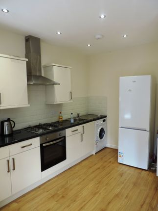 Thumbnail Flat to rent in Gordon Road, Cathays, Cardiff