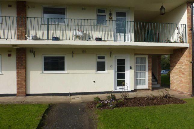 Thumbnail Flat to rent in Dark Lane, Tiddington, Stratford On Avon