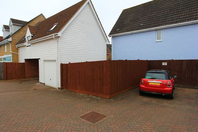 Thumbnail Property for sale in Acacia Drive, Dunmow, Essex