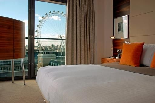 Thumbnail Property for sale in Park Plaza, County Hall, South Bank