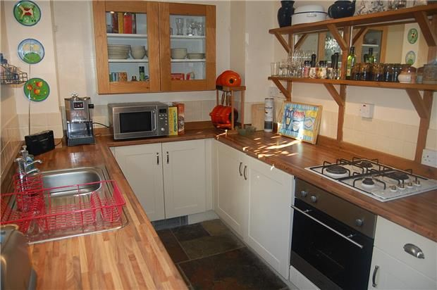 Thumbnail Cottage to rent in Summer Street, Stroud, Gloucestershire