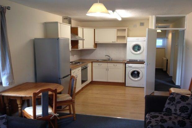 Thumbnail Flat to rent in Ffordd Garnedd, Y Felinheli