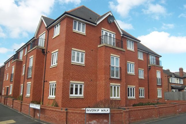 Thumbnail Flat to rent in Inverkip Walk, Parkfields, Wolverhampton