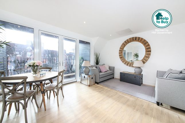 Thumbnail Flat for sale in Flat 4, Harold Road, Crystal Place, London