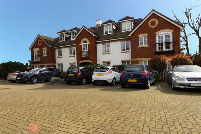 Thumbnail Flat for sale in 890 Green Lanes, Winchmore Hill, London