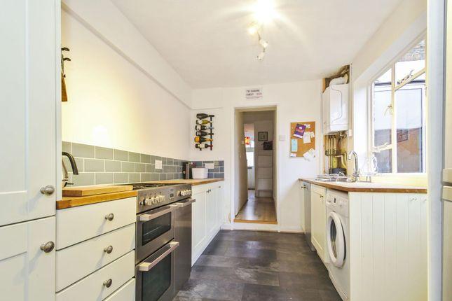 Kitchen of Calvert Road, Greenwich SE10