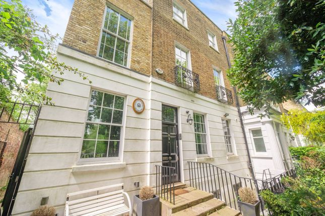 Thumbnail Property to rent in The Grove, Highgate, London