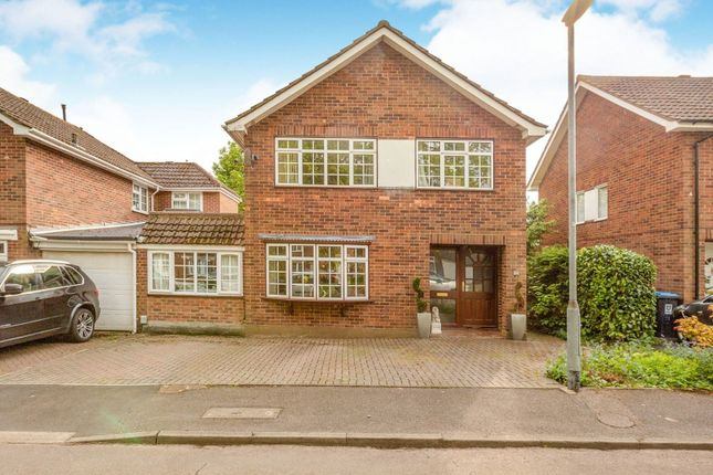 Thumbnail Detached house for sale in Newford Close, Hemel Hempstead