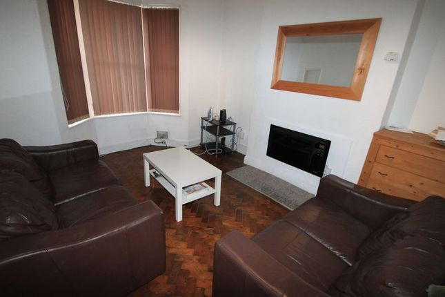 Thumbnail Terraced house to rent in Flaxland Avenue, Heath, Cardiff