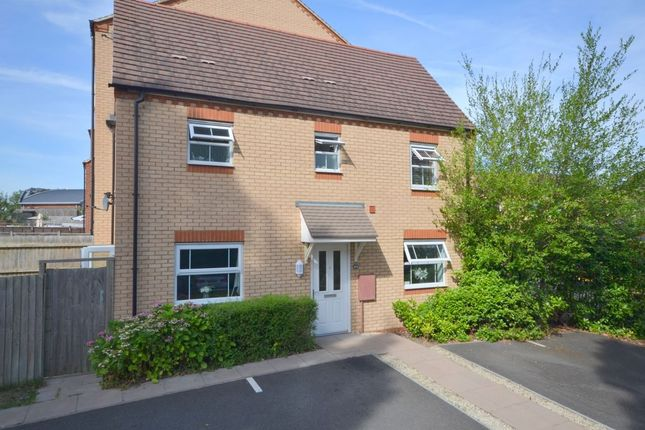 Thumbnail Property for sale in Walkers Way, Roade, Northampton