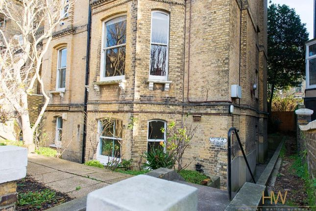 Thumbnail Flat to rent in Second Avenue, Hove, East Sussex