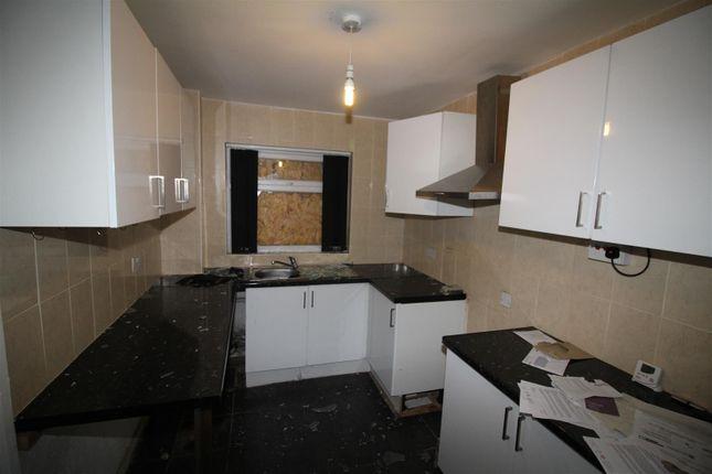 Dining Kitchen of Wenborough Lane, Tong, Bradford BD4