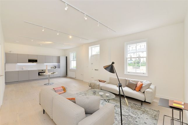 Thumbnail Flat for sale in Highbury Grove, Highbury